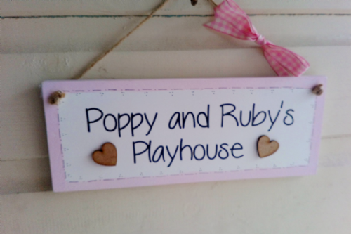 Design Your Own Handmade Plaque With Wooden Hearts